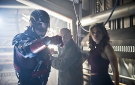 "DC's Legends of Tomorrow --""River of Time""-- Image LGN114b_0151b.jpg -- Pictured (L-R): Brandon Routh as Ray Palmer/Atom, Dominic Purcell as Mick Rory/Heat Wave and Ciara Renee as Kendra Saunders/Hawkgirl -- Photo: Diyah Pera/The CW -- © 2016 The CW Network, LLC. All Rights Reserved."